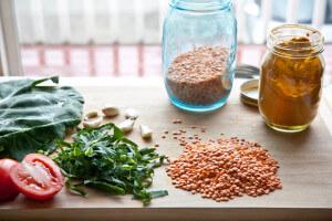 lentils,tumeric,spinach